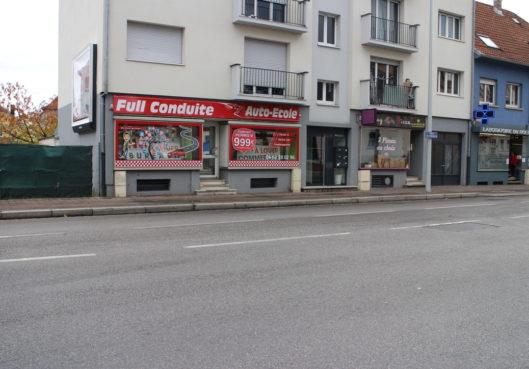 A louer local commercial Quartier Montage Verte 1506-01-1001 - Habitation Moderne