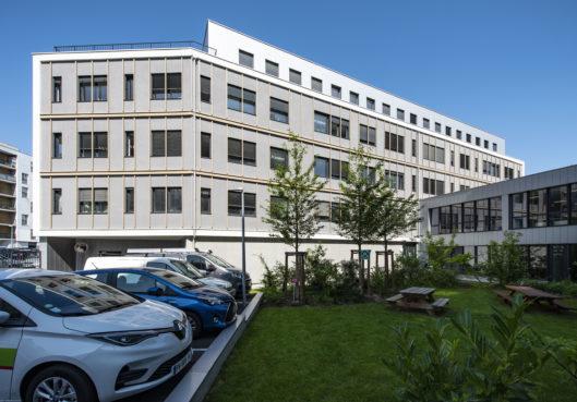 A louer local professionnel Hautepierre - Habitation Moderne